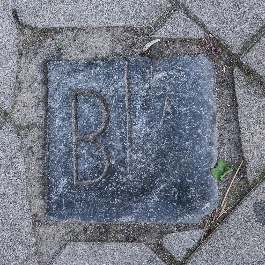 Sommestraat-42-old-life-size-19-cm-web
